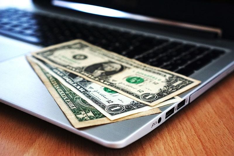 OC przez Internet: jak kupić ubezpieczenie OC online?